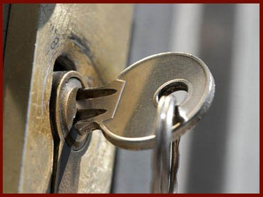 Locksmith Lock Store Foothill Ranch, CA 949-346-8095